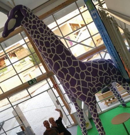 """Giraffe auf dem ZLF zeigt Landjugend-""""Sichtweisen"""""""