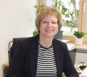 Doris Jahn, Sekretariat